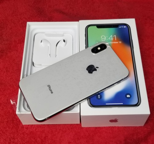IPhone X 64GB...(r Sim)