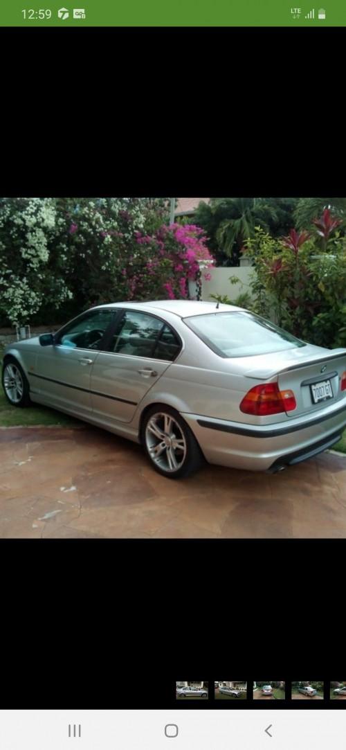 BMW 321i  2000