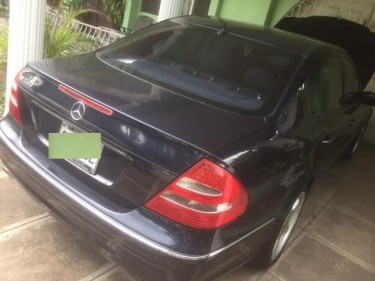 Mercedes Benz (e240) 2004