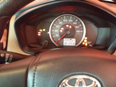 2014 Toyota Axio 2WD 1.62mil