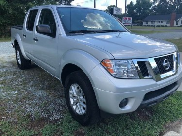 2016 Nissan Frontier 4x4 SV 4dr