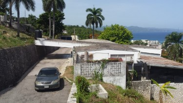 4 BEDROOM 4 BATH HOUSE FOR SALE