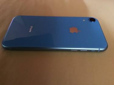 Brand New IPhone XR 64gb