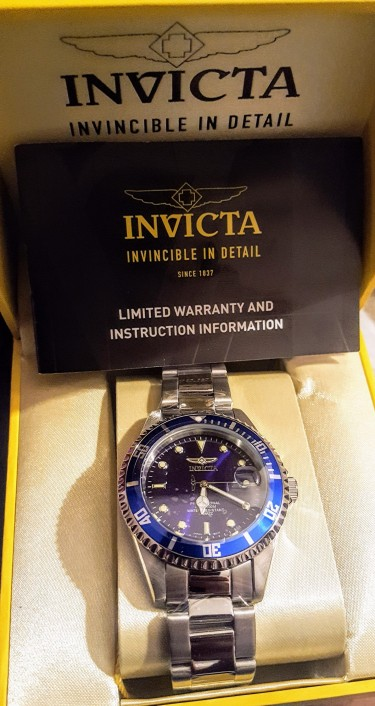 Invicta Mens Two Tone Submariner Watch