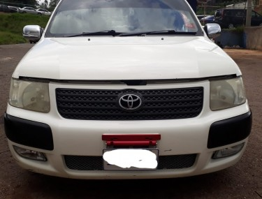 2010 Toyota Succeed