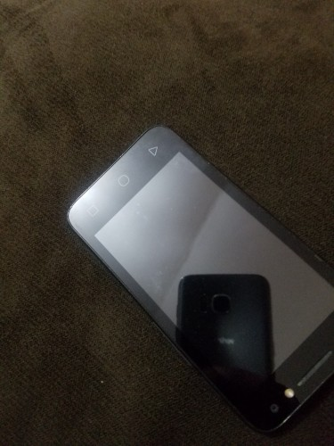 Touchscreen Black Front & Back Camera Smartphone