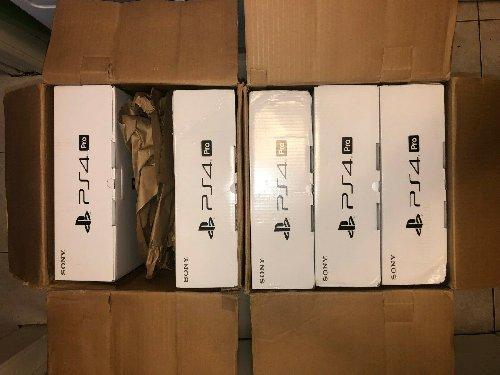 Sony Playstation 4  Pro System 1 TB