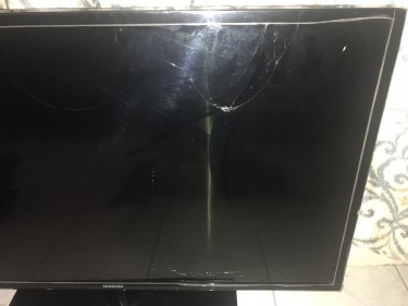 40 Inch Samsung LED LCD Smart Television