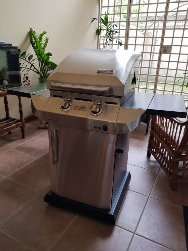 Used Stainless Steel Barbeque Grill