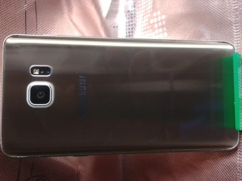 Two Samsung Galaxy Note 5 An S7