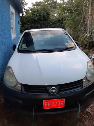 2011 Nissan AD Van