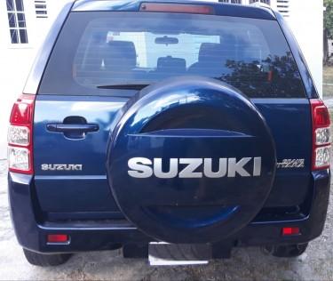 Suzuki Grand Vitara 2011 (80,000 Kilometers)
