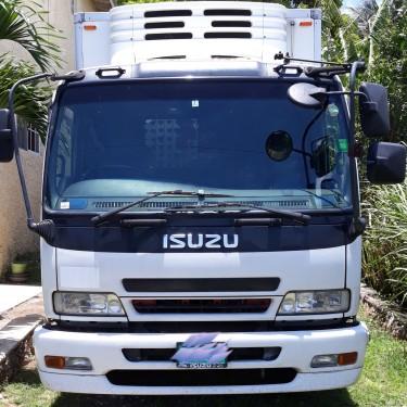 2006 ISUZU FORWARD  FREEZER TRUCK