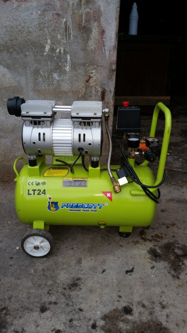 Air Compressor 25gl &thicknesser Planer 12 1/2 Inc