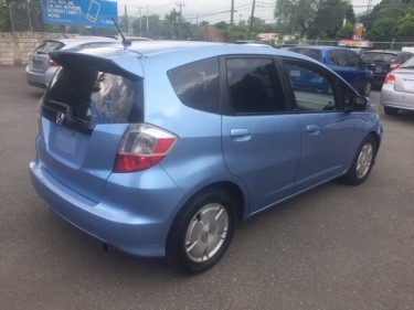 2010 HONDA FIT RS