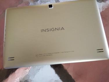 Insignia NS-P10A6100 32g 10.1 \\\