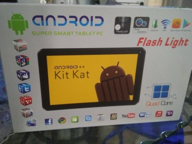 Smart PC Tablet With Keyboard
