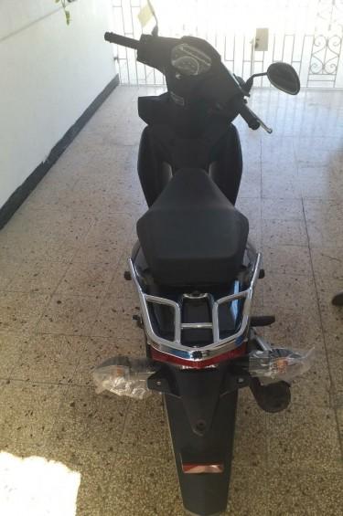 Brand New 2018 Honda Wave 110s Motorcycle