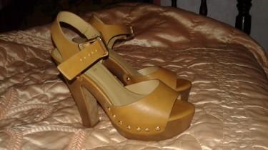Women Brown Leather Heels