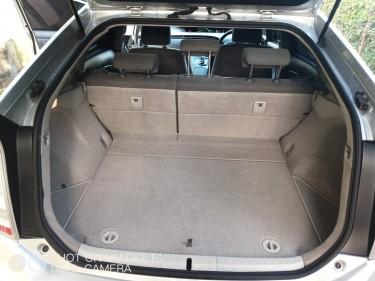 2011 Toyota Prius- $1,310,000 (SALE)