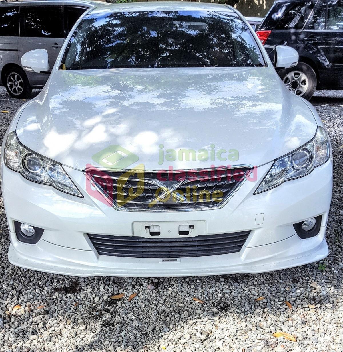 2010 Toyota Mark X for sale in Kingston Kingston St Andrew - Cars