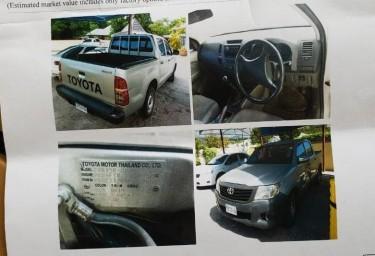 Toyota Hilux DLX 2012