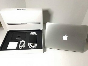 Brand New Apple MacBook Pro Retina 15 Inches