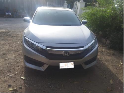 Honda Civic 2016 Lady Driven