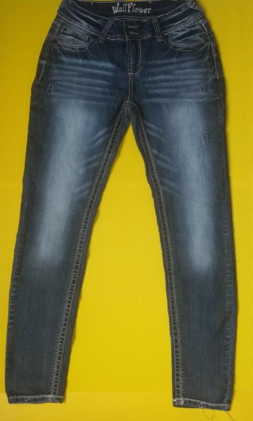 Brand New Wallflower Jeans Size 11