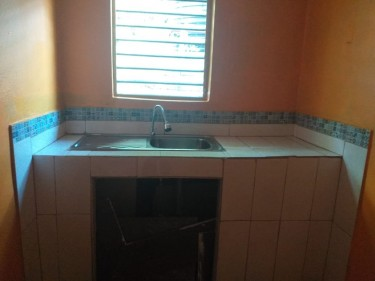 1 Bedroom 1 Bathroom And Kitchen For Rent