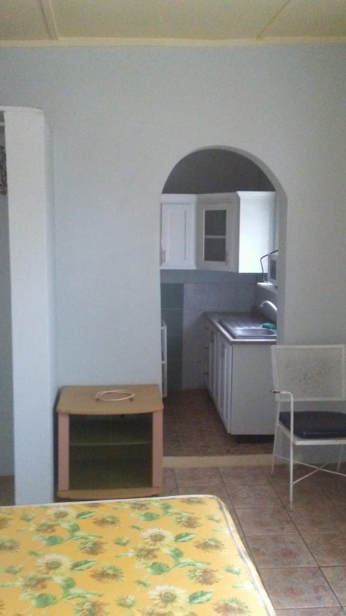 1 Bedroom Apartment For Rent  Off Upper Waltham