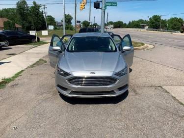 2017 Ford Fusion SE 4dr Sedan