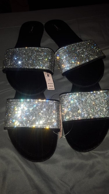 Victoria\\\'s Secret Velvet Black Rhinestone Slippers