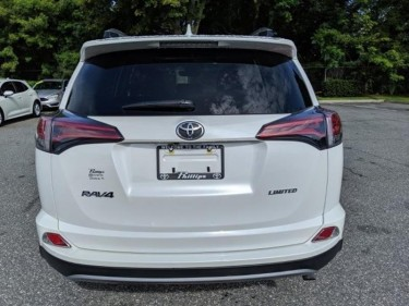 2018 Toyota RAV4 We Are  Based  In  United  State