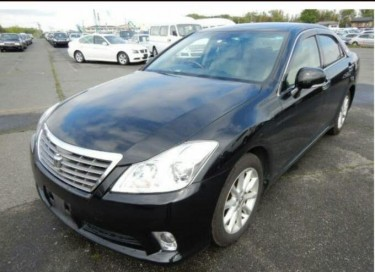 2012 Toyota Crown