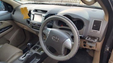 2014 FULLY LOADED TOYOTA FORTUNER