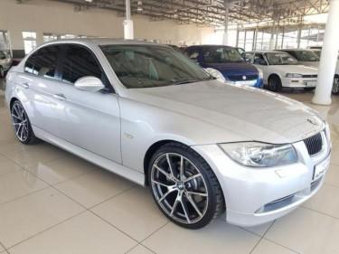 2015  BMW 330i Exclusive Auto (E90)