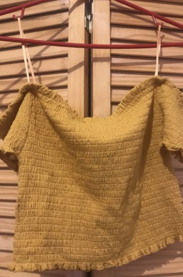 NEW MUSTARD OFF SHOULDER TOP MEDIUM
