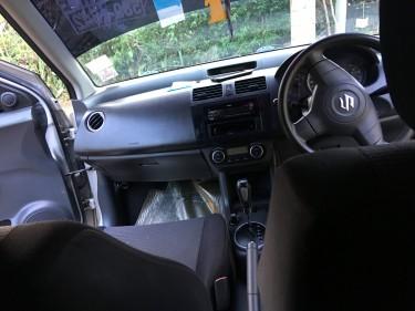 2010 Suzuki Swift For Sale