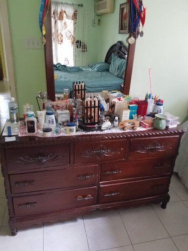 7 -drawer Dresser And Night Table (used)