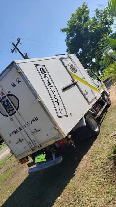 2005 Isuzu Elf Freezer Truck