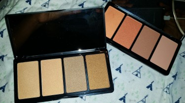 Makeup And Eye Shadow Pallet For Sale
