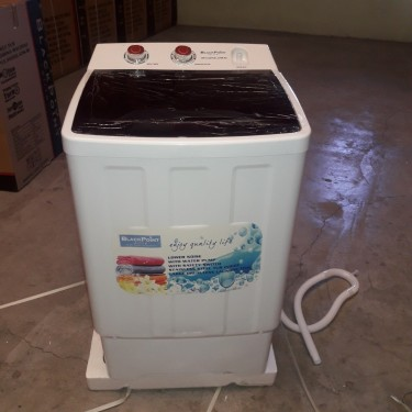 BRAND NEW Washing Machine