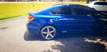 2013 Honda Civic EX-L Premium Package || 1 Owner|