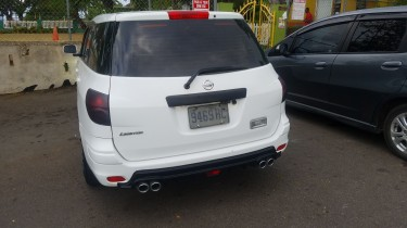 2011 Nissan AD Expert