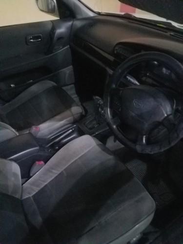 1995 Nissan Bluebird