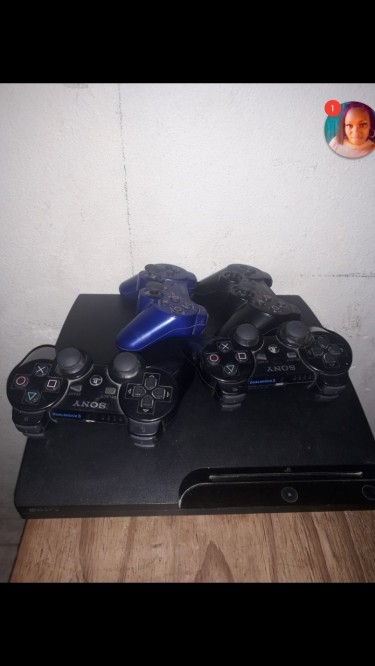 Ps3 For Sale Come With 4 Control