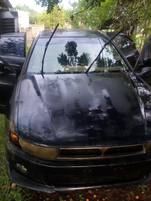 Defective Mitsubishi Gallant 2002