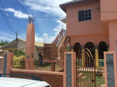 2 Bedroom House, Old Harbour