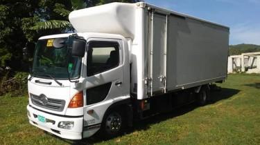 2004 Hino Ranger 7 Ton Freezer Truck